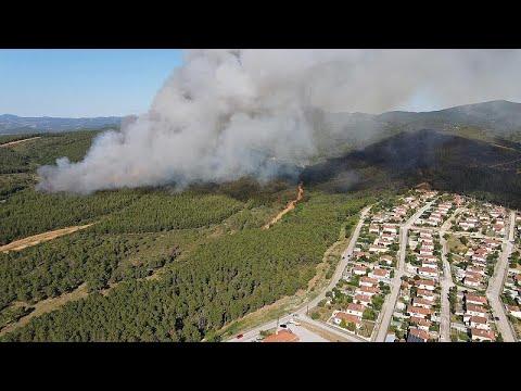 Πυρκαγιά στις Σάπες Ροδόπης – Εκκενώθηκε προληπτικά οικισμός…