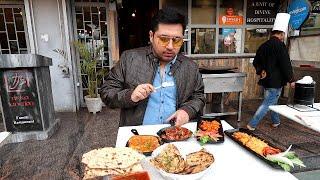 Rs 99 main Chicken Curry Meal | Peri Peri Chicken Jo Aag Laga de | Hmm!