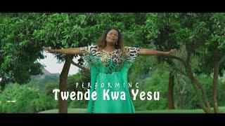 Twende Kwa Yesu - Lady Bee & The Von Laffert's (Of