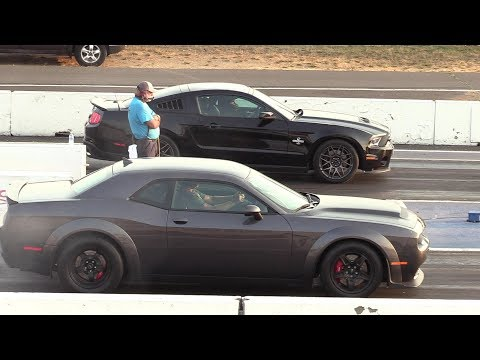 Dodge Demon vs. Ford Mustang Shelby GT500 Drag Race Ends ...