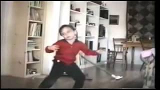 Daniel Rossen dances