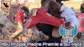!!Su propia Madre Premia a su Hijo por su buena Monta¡¡ Los Toros Divinos en San Bernardino CA.2019
