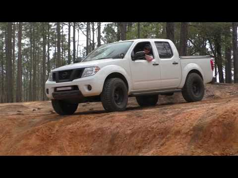 Clay Pit, 2WD Nissan Frontier Truck Off Road. 4WD shows how is done.