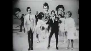 Freddie & The Dreamers - Do the Freddie ft. other Hullabaloo Guest Stars