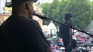 KEZIAH JONES - Million Miles From Home (Live at Main Square Festival 2014)