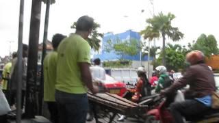 2014-04-12 Street Music, Yogyakarta