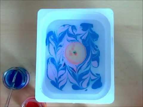 Marmorizzazione sulla stoffa.  modo alternativo per dipingere sulla stoffa