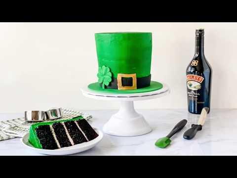How to Make an Irish Cream Leprechaun Hat Cake