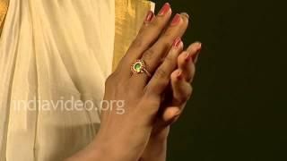 Palakka Floral Ring