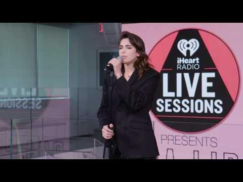 Dua Lipa - I'm Not The Only One (iHeartRadio Live Sessions) (видео)