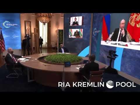 في قمة المناخ.. ظهور بوتين خلال كلمة ماكرون