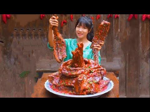 #大胃王 全村第一吃貨消滅30斤超辣排骨