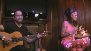 Dilana - Pleasantly Blue (4-Non Blondes) WOW!!! @ Live at the Lounge 9-11-11