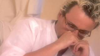 Harun Kolçak - Gitme Seviyorum (Official Video)