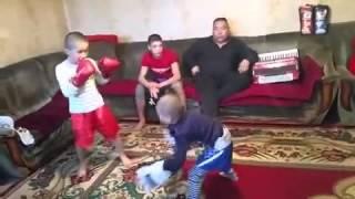 Вот как надо учиться драться