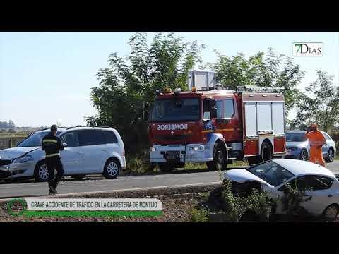 ACCIDENTE DE TRÁFICO EN LA CARRETERA DE MONTIJO (BADAJOZ)