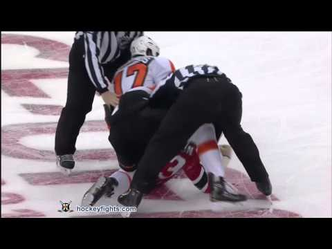 Wayne Simmonds vs David Clarkson