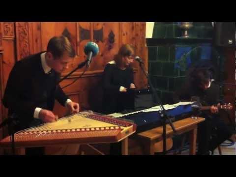 Chandeliers chords & lyrics - Summer Fiction
