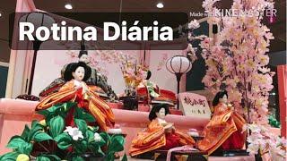 Morando no Japão 🇯🇵 Rotina diária , Game Center, Sushi, Janta de sábado | Angela Sano