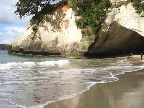 من  شواطئ  نيوزلندا  الساااااحرةـ كاثيدرول كوف