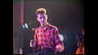 DEPECHE MODE Just Can´t Get Enough 25/10/1982 Hammersmith Odeon London