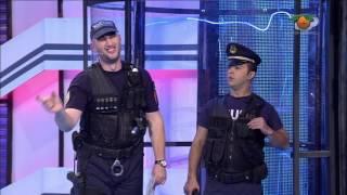 Portokalli, 24 Nentor 2013 - Kapo dhe policet (Me vini prangat)