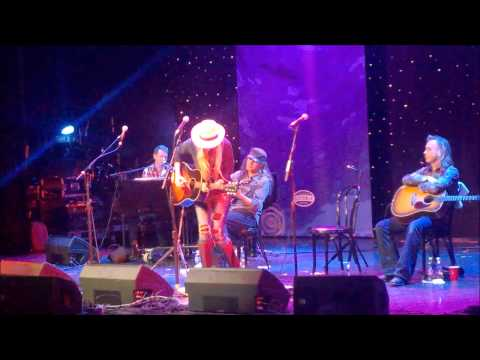 Holly Williams, Gone Away From Me, Cayamo 2015
