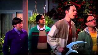 The Big Bang Theory - Penny Kicks A Hacker In The Balls