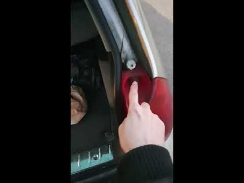 Peugeot 307 SW Rücklicht / Blinker Wechsel