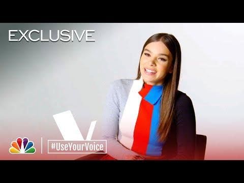 The Voice 2018 - Hailee Steinfeld on Kelly Clarkson (#UseYourVoice)
