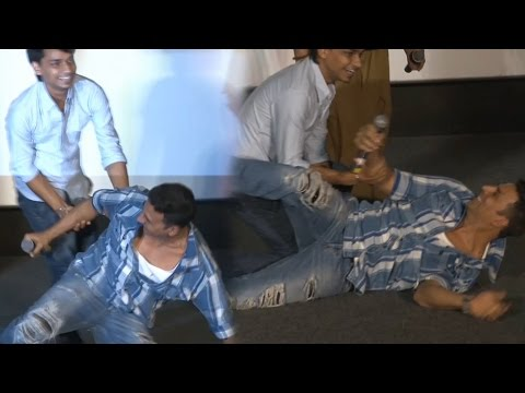 Akshay Kumar Takes Audition At Housefull 3 Event | Watch Video