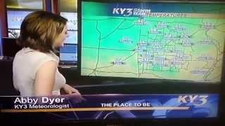 KY3 weather woman can't get it together