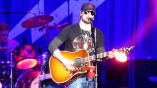 Eric Church live - I'm Gettin' Stoned - in Madison, WI
