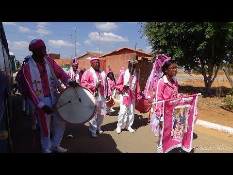 Congo e Moçambique dos Arturos chegando em Araçaí - MG