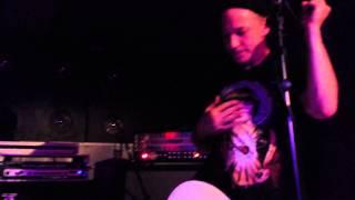 """Chixdiggit! """"J Crew"""" live @Arci Tambourine (MB) 29-03-2014"""