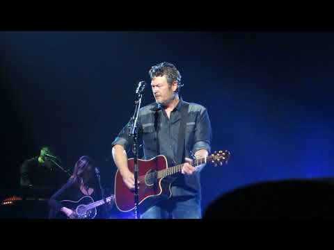 "Blake Shelton ""I Lived It"" Live @ Wells Fargo Center Mp3"