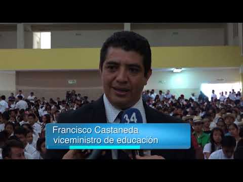 Lanzamiento de los círculos alfabetización en Ahuachapán