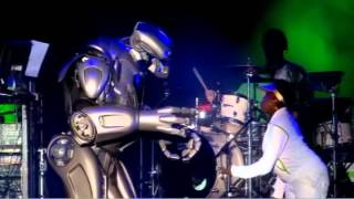 Basement Jaxx - Plug It In - ( V Festival 2007 Live )