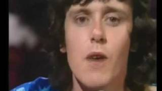 Donovan in Concert - Jennifer Juniper