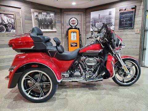 2021 Harley-Davidson CVO™ Tri Glide® in Kokomo, Indiana - Video 1