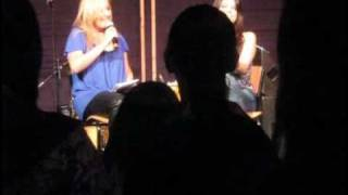 Eva Avila - Chatting with Eva3 @ Polson Pier 11-11-08