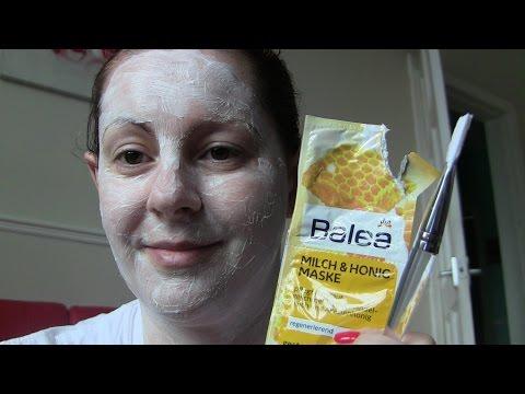 Die Maske für die Person enjoy fresh-on time sweet honey mask