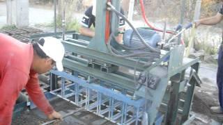 preview picture of video 'maquina bloquera ponedora,semi-automatica hidraulica,La Rioja,Argentina,BLOCK MACHINES'