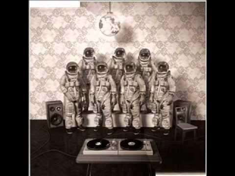 allee der kosmonauten 32