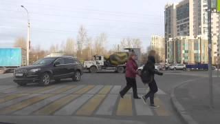 01/11/2014 - Маршруты будущих поездок на автомобиле в красной курточке