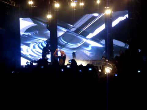 GREEN VALLEY - Armin Van Buuren - Carnaval 2010