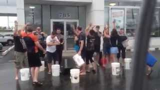 preview picture of video 'Guelph Hyundai Does the ALS Ice Bucket Challenge'