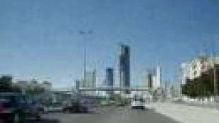 preview picture of video 'Approaching Kuwait City Istaklal Street (Road 30)الى الكويت'