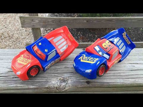 Disney Cars 3 fabulous lightning mcqueen mack hauler piston cup racers disney pixar cars 3