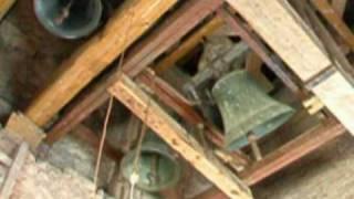 preview picture of video 'Levoča- poludňajšie zvonenie u Minoritov'